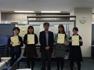 ユネスコ青年会員の受講者と澤口講師