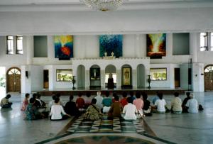 Yoga Ashram in India 2001.8